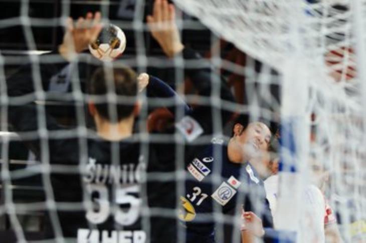 """مونديال اليد.. """"مفاجآت"""" ووفرة الأهداف شعار الجولة الأولى"""