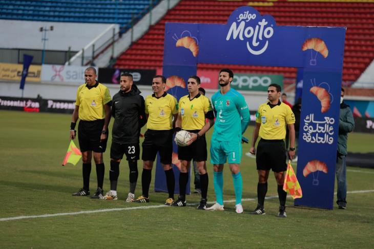 حكم مباراة الأهلي والبنك ليلا كورة: طبقت القانون في هدف أيمن أشرف