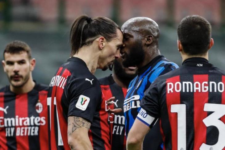 """إنتر يخطف فوزاً +90 من ميلان """"المنقوص"""" ويتأهل لنصف نهائي كأس إيطاليا"""