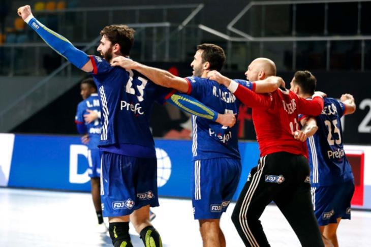 مدرب فرنسا: نستعد بشكل خاص لمواجهة السويد في نصف نهائي مونديال اليد