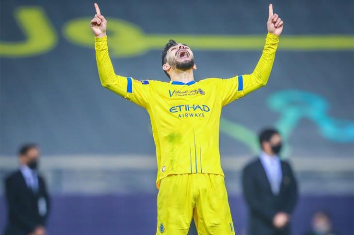 النصر يُسقط الهلال في ديربي الرياض ليعود لانتصاراته بالدوري السعودي (فيديو)