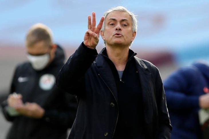 مورينيو يرفض راحة كين.. ويُعده لمواجهة الدوري الأوروبي
