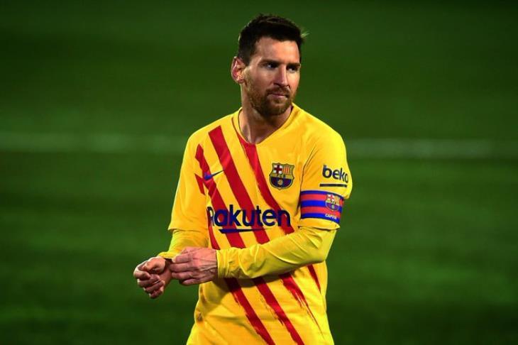 ميسي يتطلع لمواصلة تألقه في المباريات النهائية مع برشلونة (تقرير)