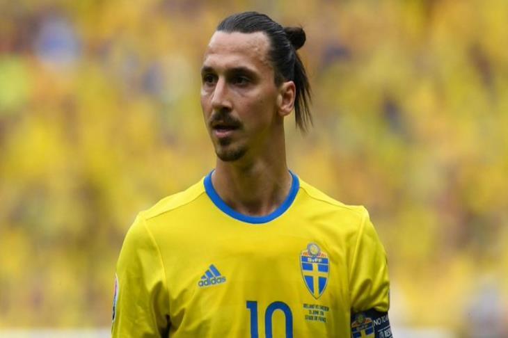 عودة إبراهيموفيتش.. استدعاء زلاتان لقائمة السويد بعد غياب 5 سنوات