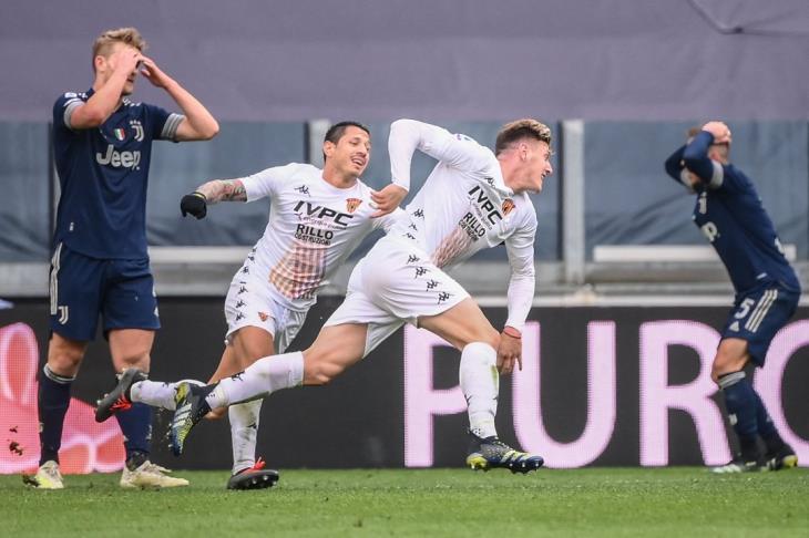 بينفينتو يفسد احتفالية رونالدو ويسقط يوفنتوس في الدوري الإيطالي