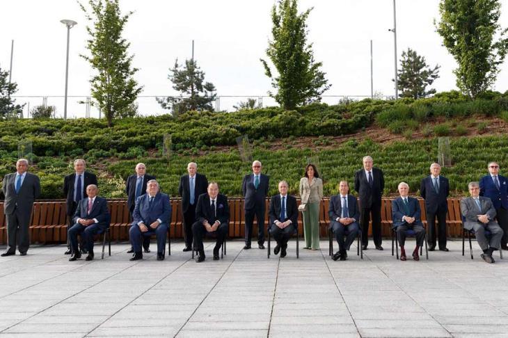 رسميًا.. فلورنتينو بيريز رئيسًا لريال مدريد حتى 2025