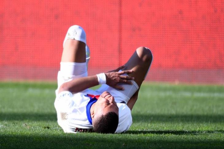 """بوكيتينو: إصابة مبابي """"صادمة"""".. لكنه سيلحق بمباراة مانشستر سيتي"""