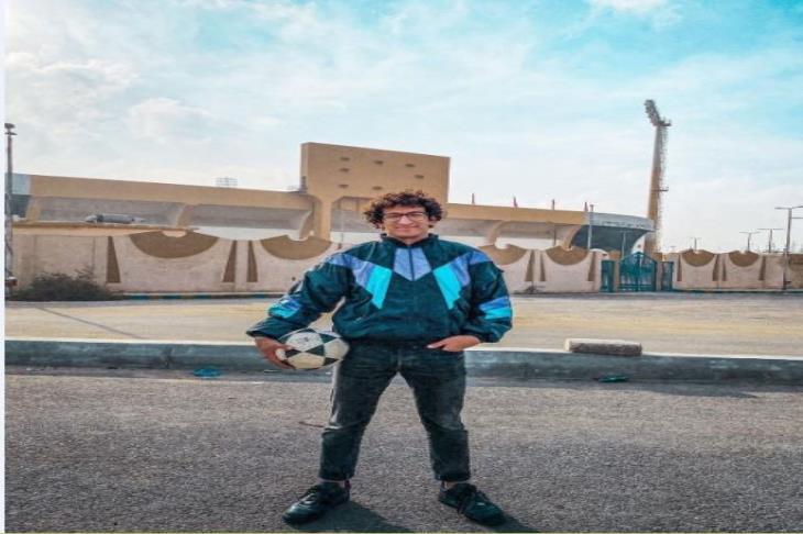 قصة طبيب زار ملاعب مصر في 24 ساعة