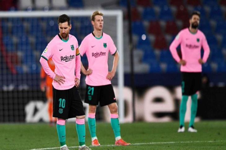 """""""هدية للريال وأتلتيكو"""".. ليفانتي يتعادل مع برشلونة في مباراة مثيرة (فيديو)"""