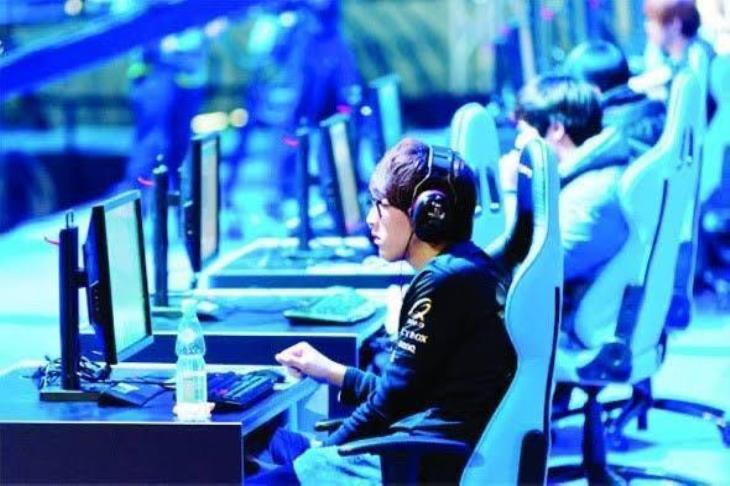 الألعاب الإلكترونية.. أرباح وصناعة بالملايين.. ورسالة للأهلي والزمالك (حوار يلا كورة)