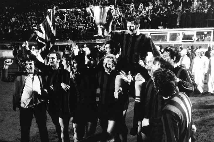 ليلة من ألف ليلة.. مانشستر تعود 51 سنة للوراء للاحتفال بالسيتي