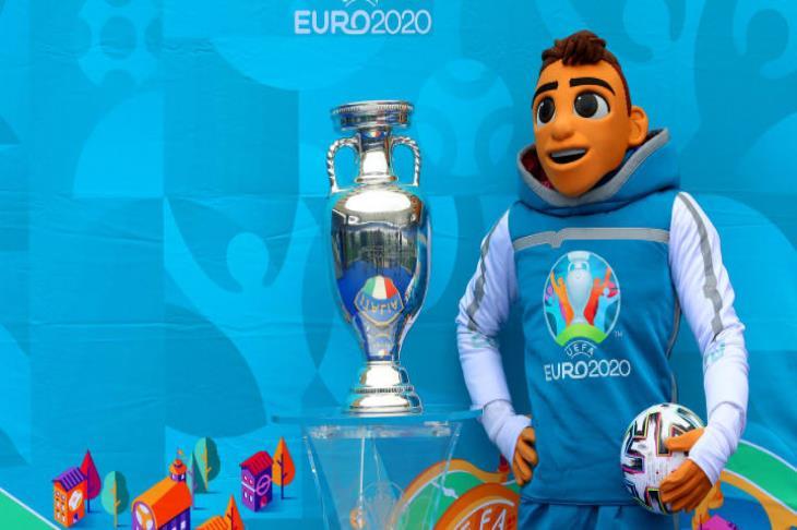 بالمواعيد والقنوات.. 3 مباريات في اليورو.. افتتاح كوبا.. وودية الأولمبي