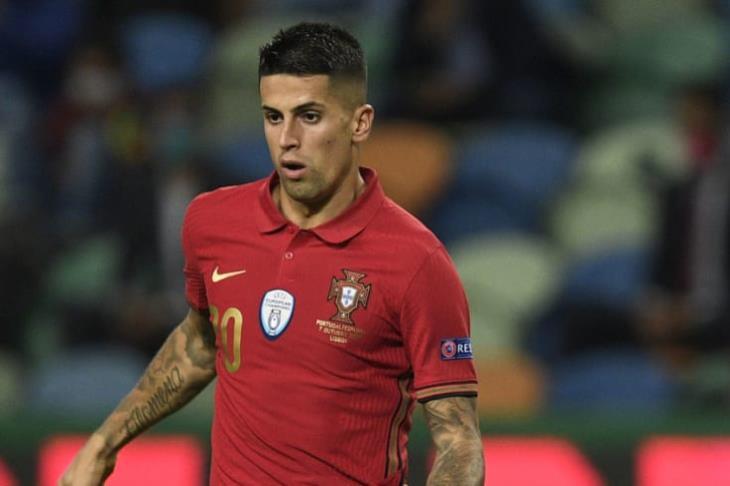 """استبعاد كانسيلو من قائمة البرتغال بعد إصابته بـ""""كورونا"""""""
