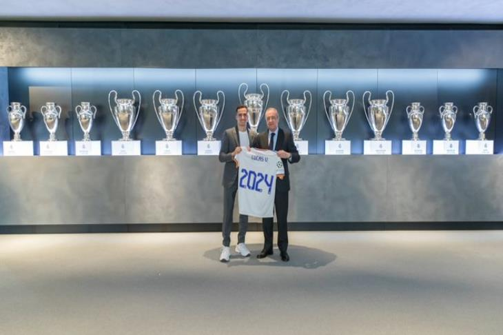 رسميا.. فاسكيز يمدد عقده مع ريال مدريد حتى 2024