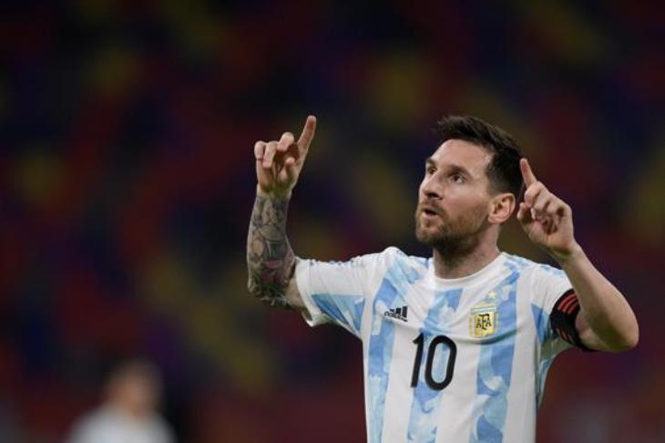 تصفيات المونديال.. الأرجنتين تتعادل مع تشيلي.. وكولومبيا تسحق بيرو بالثلاثة