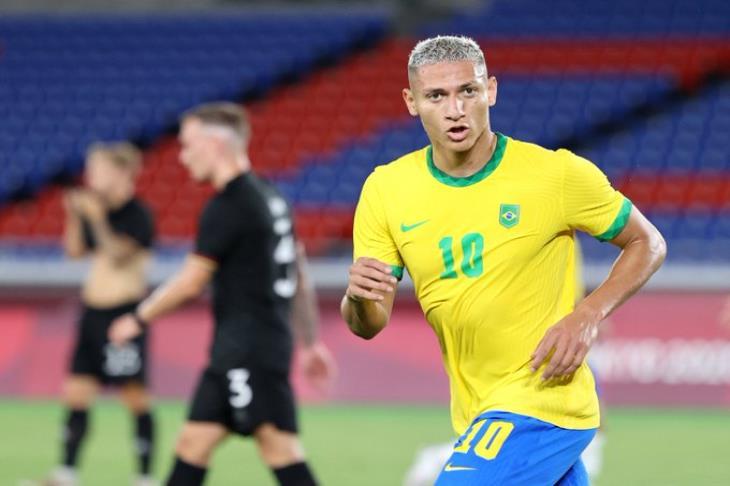"""""""هاتريك ريتشارلسون"""".. البرازيل تضرب ألمانيا بثلاثية في الشوط الأول بالأولمبياد (فيديو)"""