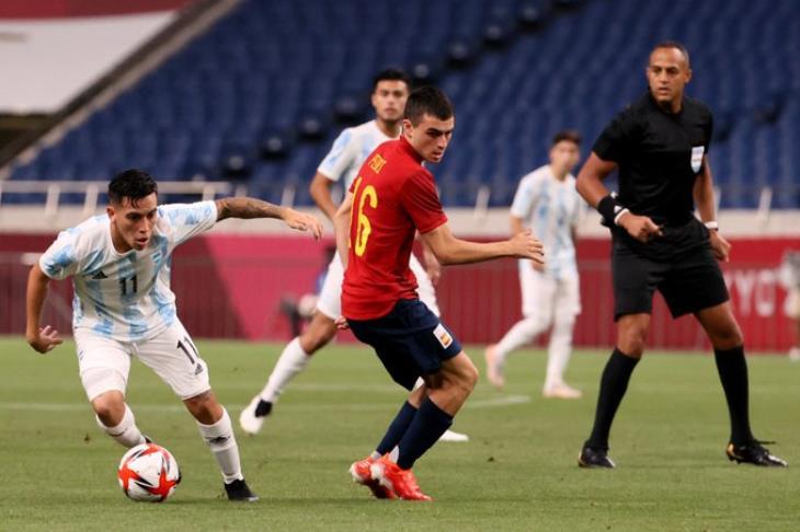 الأرجنتين تخطف تعادلًا من إسبانيا وتودع أولمبياد طوكيو مبكرًا