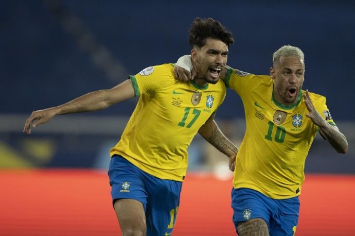 بـ 10 لاعبين..البرازيل تُطيح بتشيلي وتواجه بيرو في نصف نهائي كوبا أمريكا (فيديو)