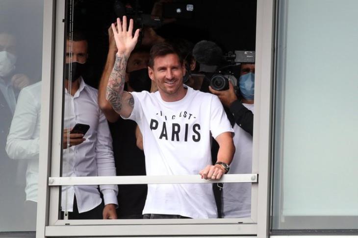 """ميسي يعترف: لم أجد نفسي بعد في """"باريس"""".. لكن لم أرتكب خطأ"""