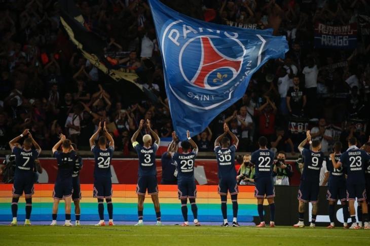 تحت أنظار ميسي ونيمار.. باريس يهزم ستراسبورج وينفرد بصدارة الدوري