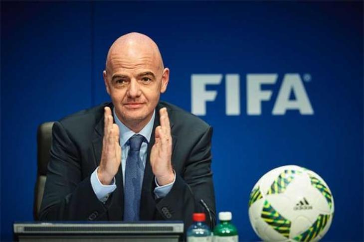 رئيس فيفا: يجب على إنجلترا أن ترفع قيود الحجر الصحي عن اللاعبين