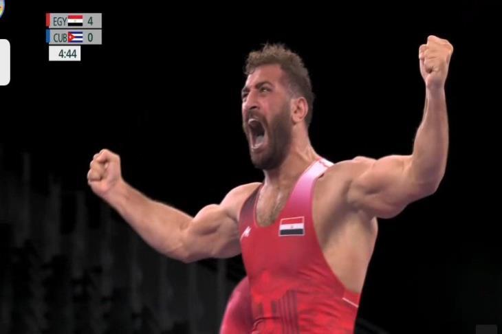 محمد متولي يتأهل لنصف نهائي المصارعة بالأولمبياد (فيديو)