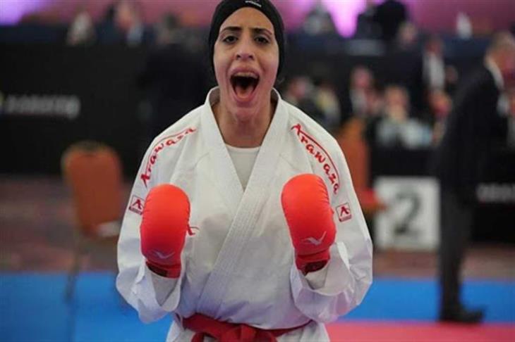 """فريال أشرف """"باكية"""" بعد ضمان ميدالية لمصر: """"شكراً لأمي.. ده إنجازك"""""""