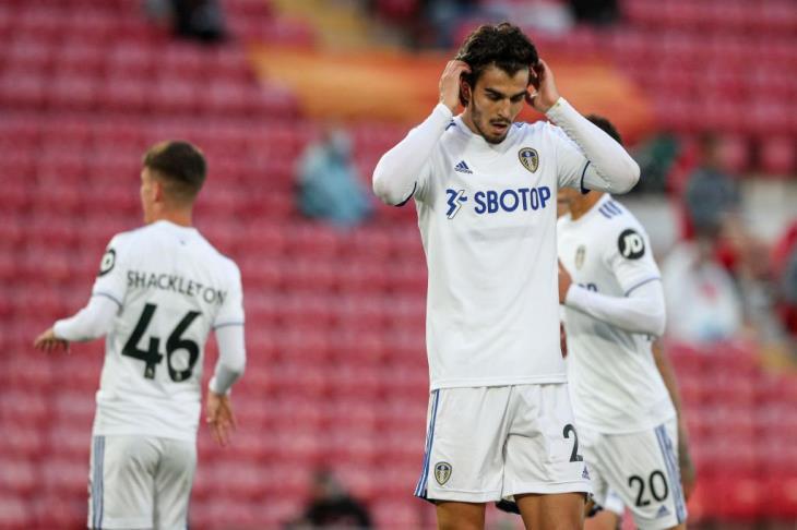 ليدز يونايتد يعلن فشل استئنافه ضد طرد باسكال ستروجيك في مواجهة ليفربول