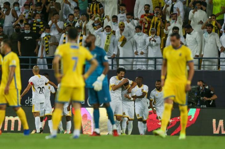 حجازي يشارك فوز اتحاد جدة بثلاثية على النصر وتصدر الدوري السعودي