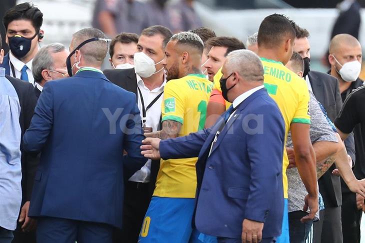 فيفا: نأسف للمشاهد التي حرمت الملايين من مباراة البرازيل والأرجنتين