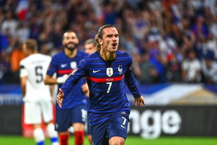 فرنسا تفوز على فنلندا بثنائية في التصفيات الأوروبية المؤهلة للمونديال (فيديو)
